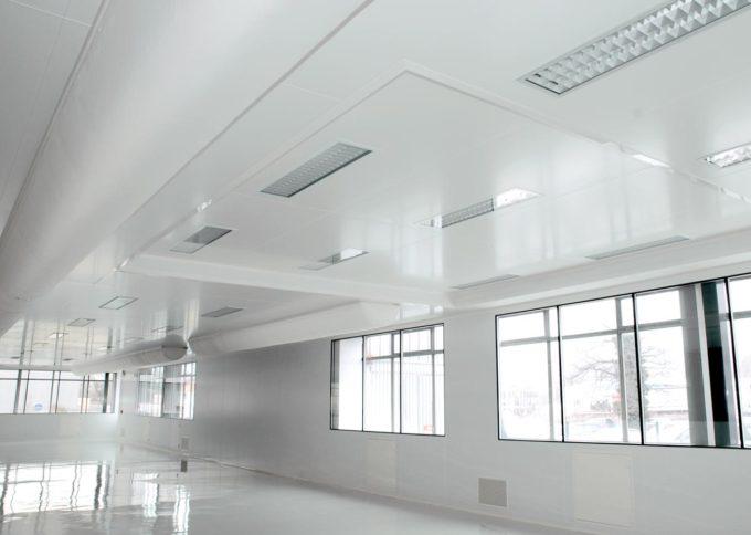 rénovation et création salle grise et salle blanche ISO 6 pour Schneider